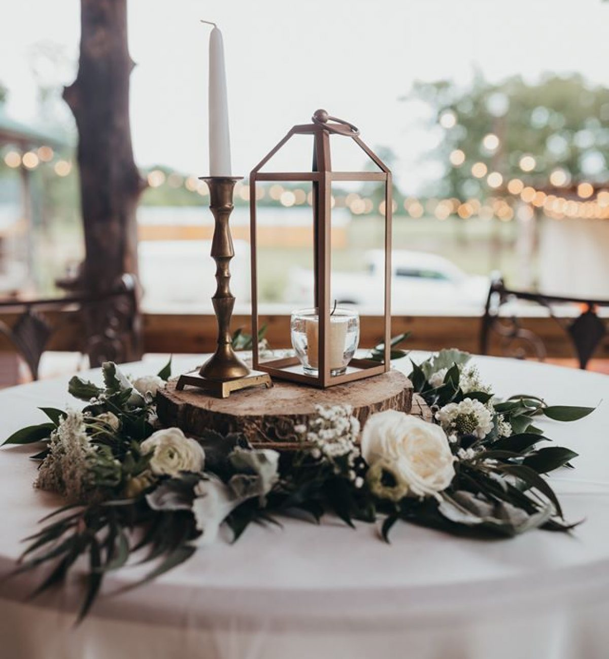 wedding decor on table at Wylde Acres in Longview, Texas